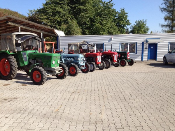 Oellers-Traktor-Gewinner-Schlepper-Post-Herr-M-ller